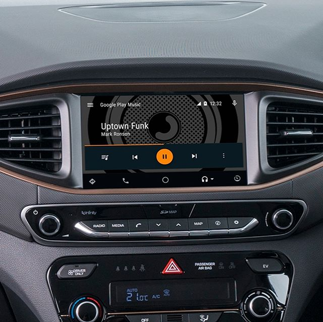Apple Car Play and Android Auto let you connect your phone to our Hyundai IONIQs to use your favourite music, navigation and calling apps.  Apple users: Turn on Siri and you're ready to go. Android users: You'll need to download the Android Auto app first.  Plug in your phone via USB and control the apps with the IONIQs touch screen, steering wheel or voice controls.  Easy! Whether you're cruising to some Bach, listening to a book or booming the latest beats, the IONIQs smartphone connectivity lets you keep the same track rolling in the car and in your headphones.  #yoogoshare #fridaytips #protips #applecarplay #androidauto #hyundai #hyundaiIONIQ #IONIQelectric #EV #electriccar #electricvehicle #carsharing #evcarsharing #tech #technology #connectivity #smartphone #music #navigation