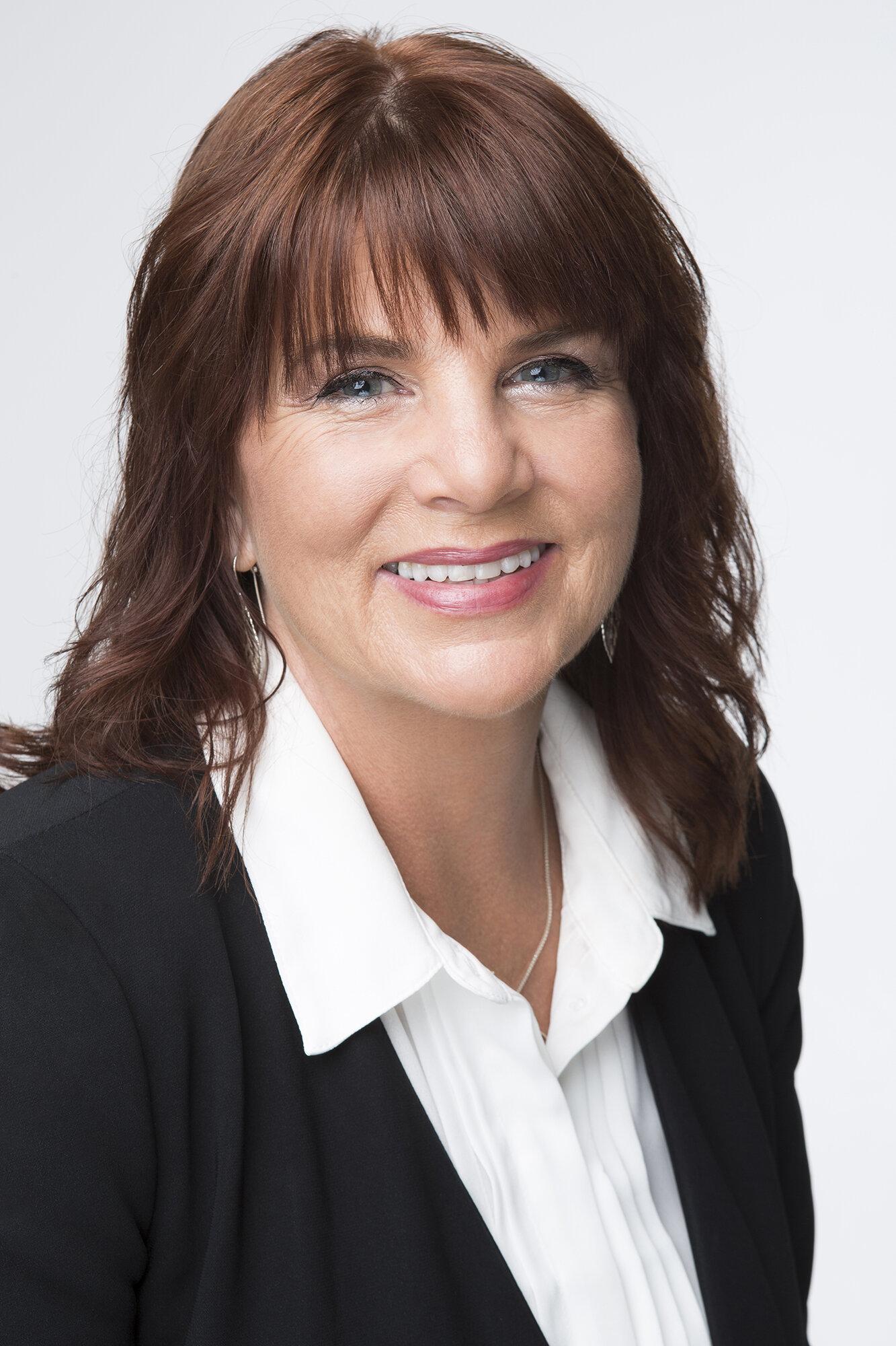 ANN arbetaR som psykolog, psykoterapeut och handledare.