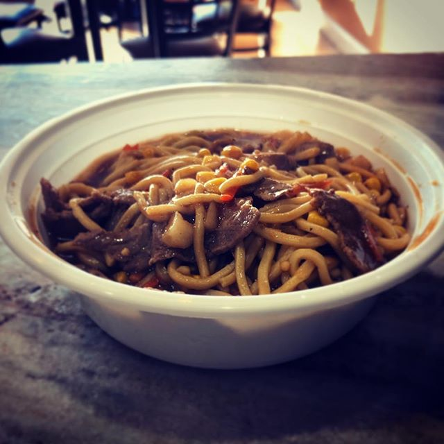 Want some delicious food! Come get some awesome beef noodles with brown sauce! #whatthefriedrice #eatfriedrice #noodles #yummy