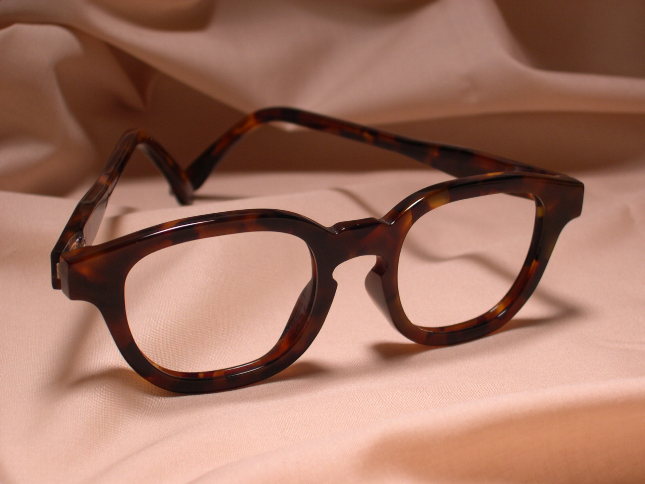 Indivijual-Custom-Glasses-22.jpg