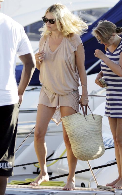 Kate Moss- Raquel Allegra.jpg