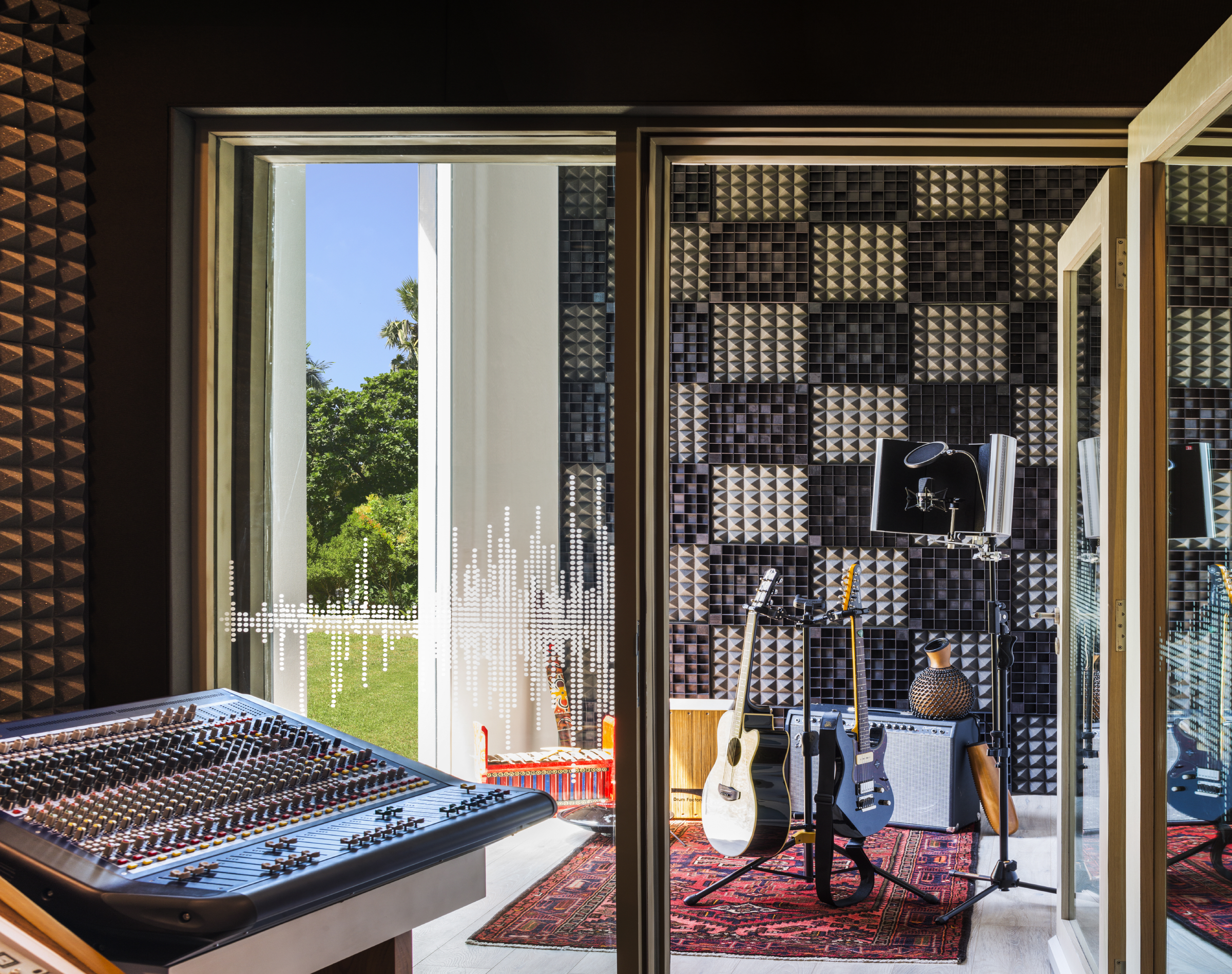 W Sound Suite Voice Room.JPG