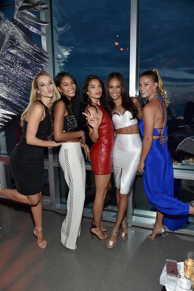 Models Group Shot 2.jpg