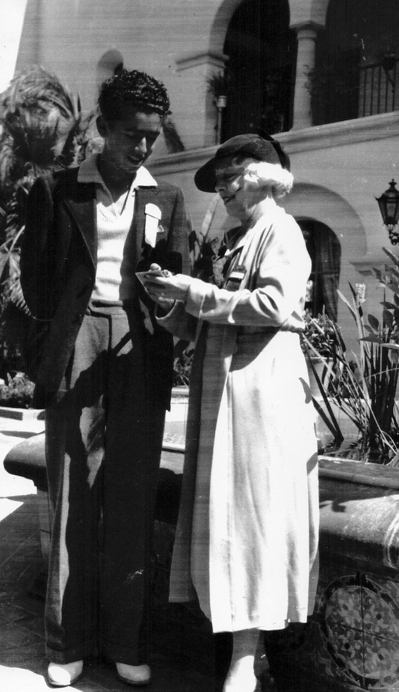 Sid with Mrs. Houdini, 1935