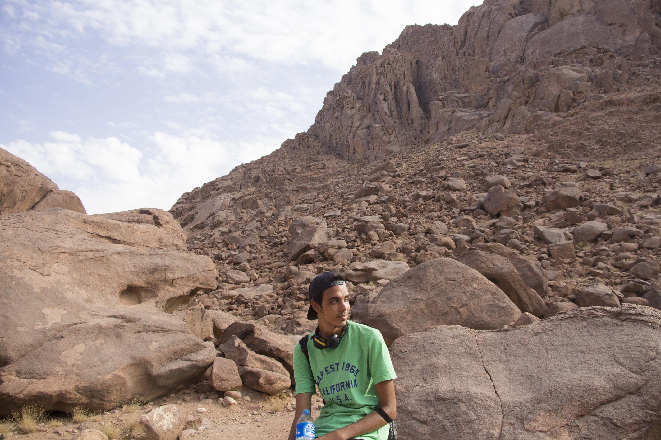 Naguib A.(Egypt) resting before the hike