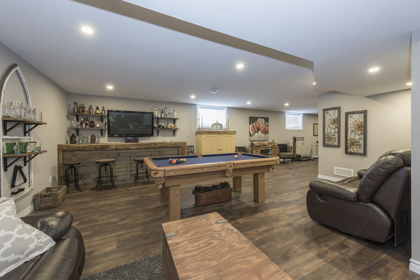 Basements - Do you have an out-dated basement that could use some TLC? Or maybe you have an unfinished basement that is an empty canvas awaiting your unique design. We can create a beautiful basement custom-tailored to your needs, which you can enjoy spending time in with your friends and family for decades!