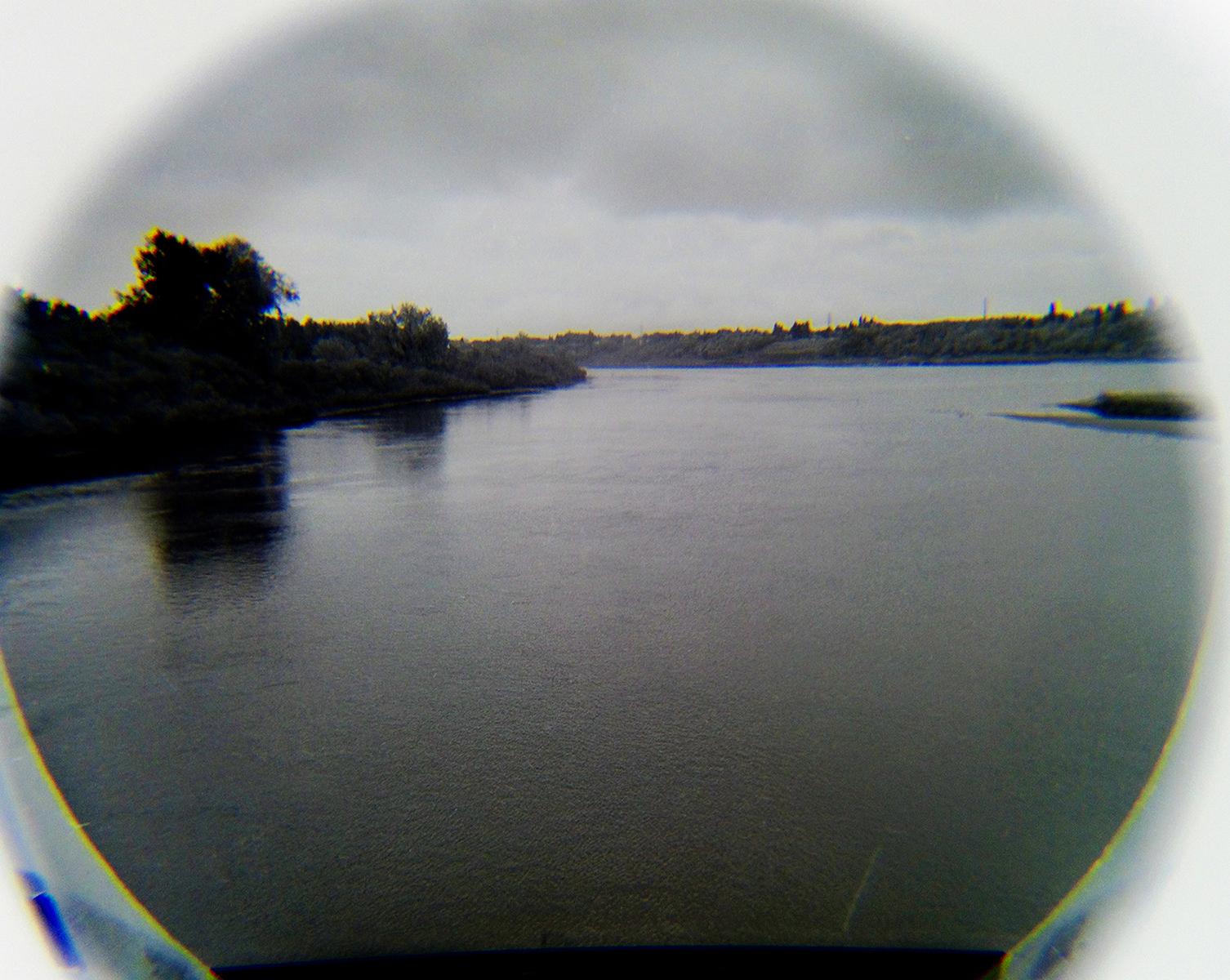 LookingGlass-03_lust.jpg