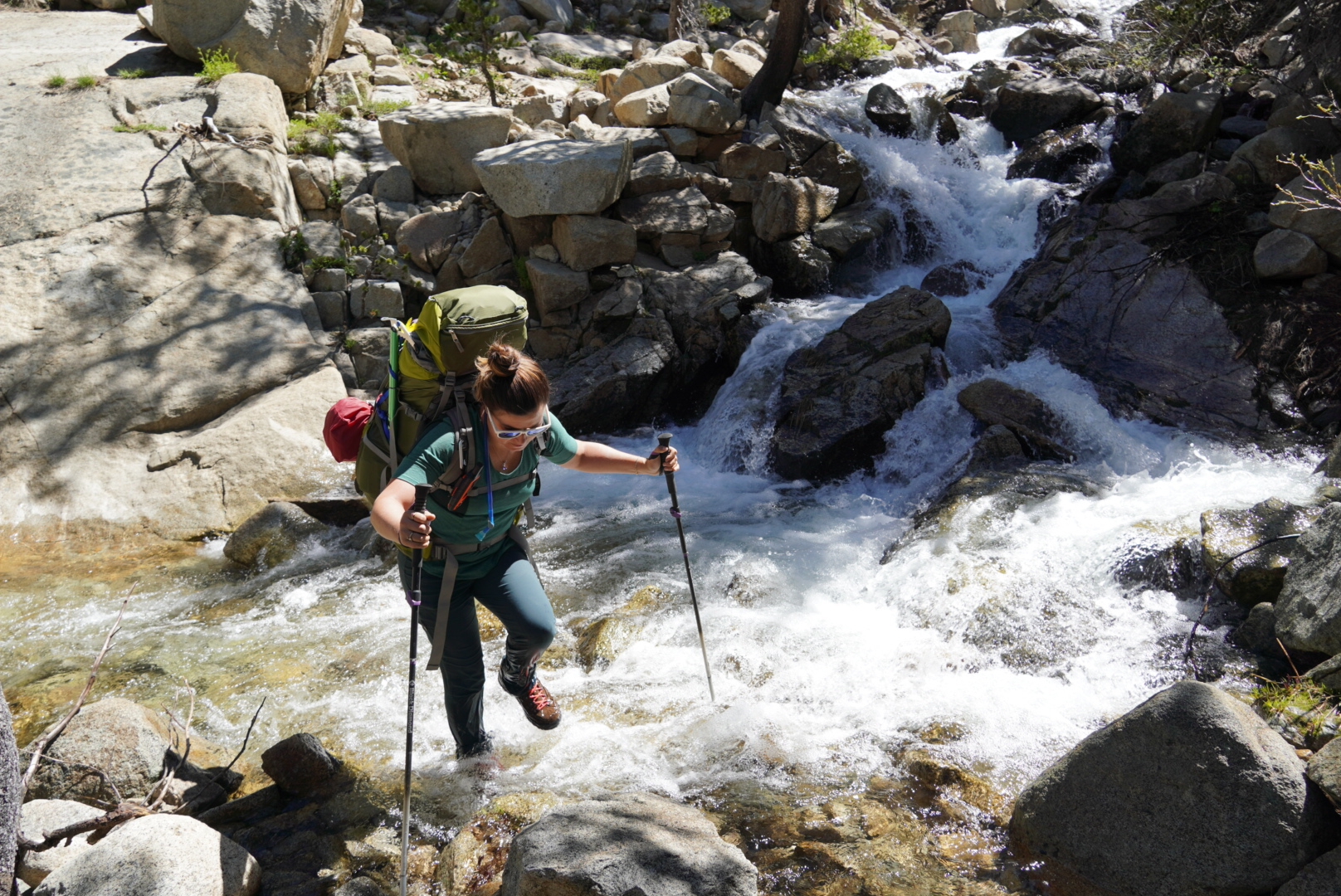 A water crossing over Piute Pass July 2019