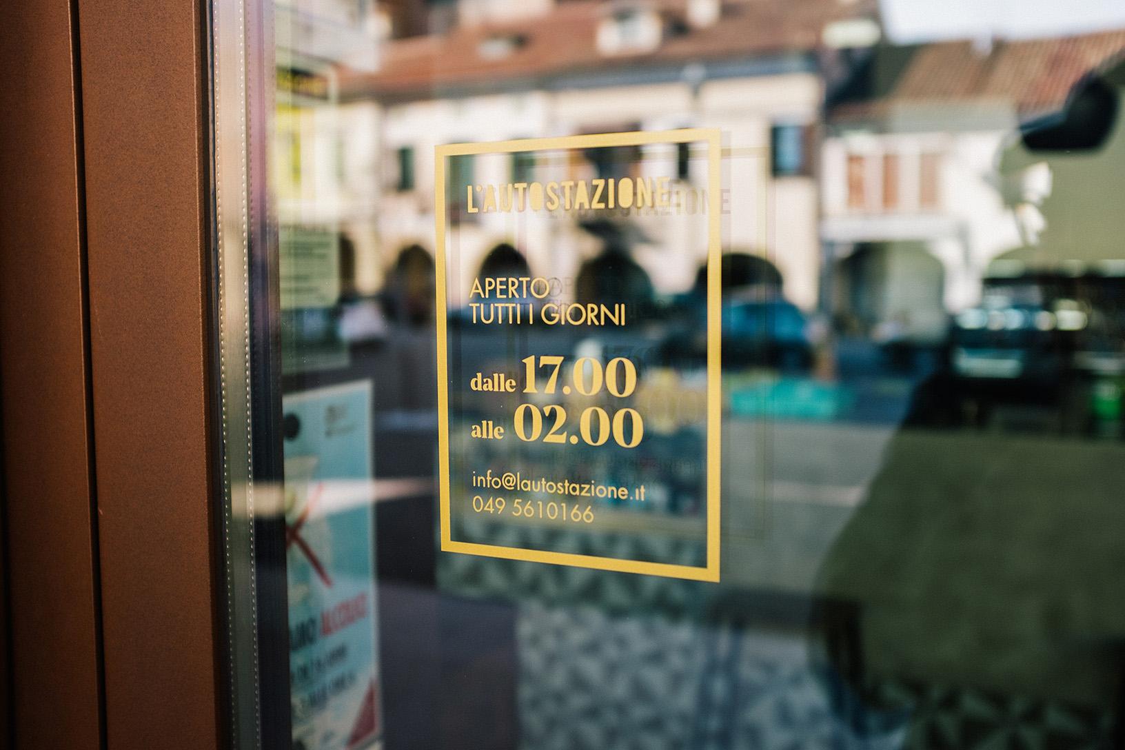 Autostazione-opening hours.jpg