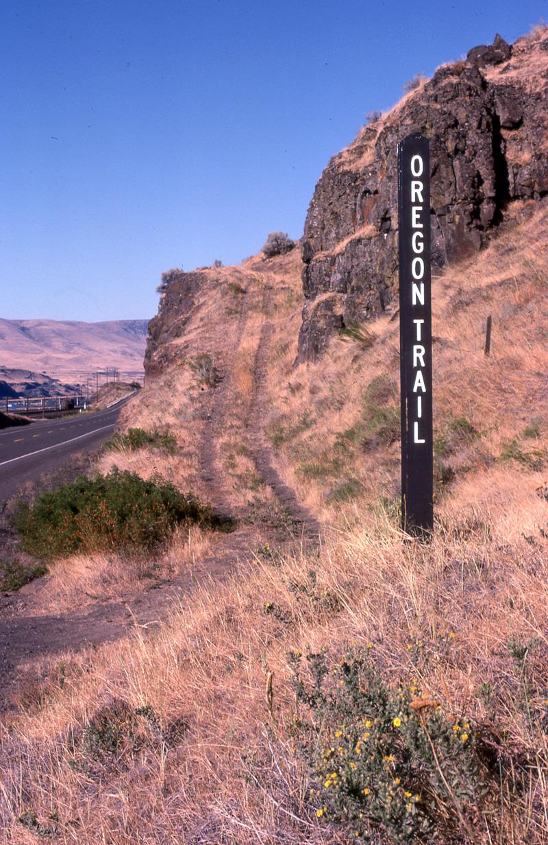 047Oregon Trail.jpg