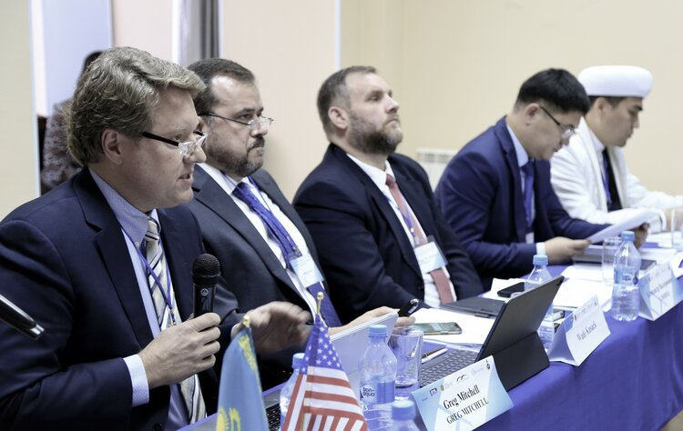 Co-Chair of the International Religious Freedom (IRF) Roundtable in America, Greg Mitchell, presented the history and concept of the Roundtable, and provided an update on how twenty-one countries, to date, have begun Roundtables in the last twelve months