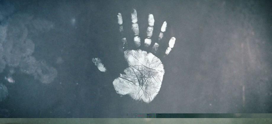 six_fingers_print.jpg