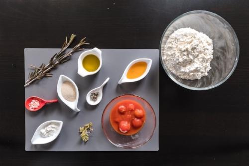 Focaccia ingredienti.jpg
