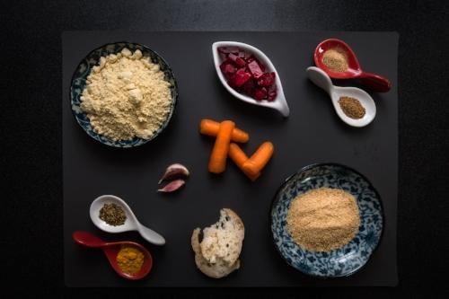 34. Beetoroot Falafel - ingredienti.jpg