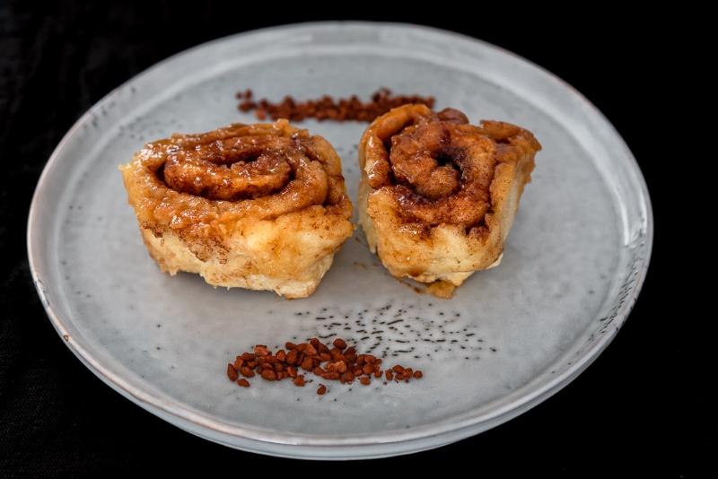 73. Cinnamon Roll - fine.jpg