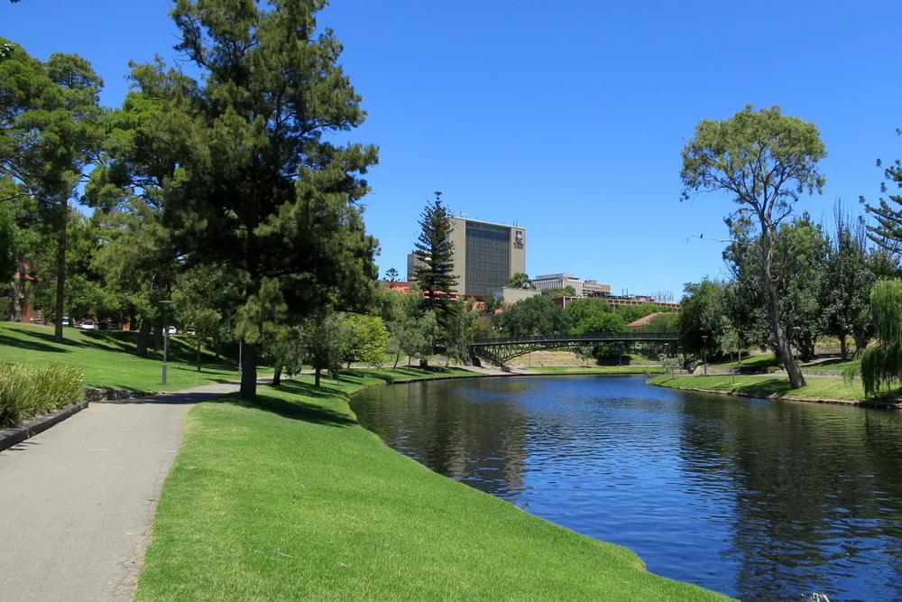 Torrens River with bike/footpath in Adelaide, SA, Australia