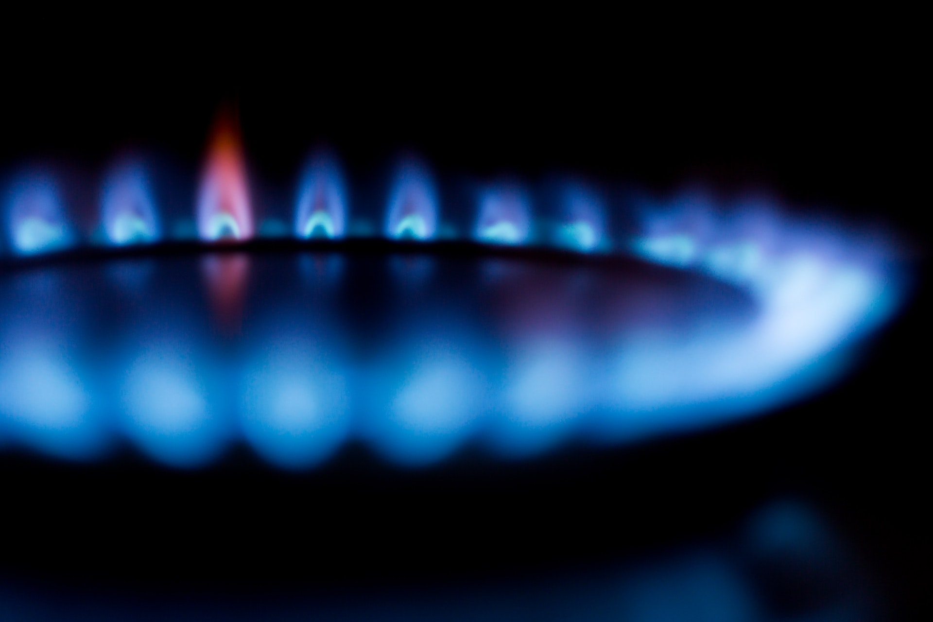 If you're heating your home and hot water with either LPG or electricity, you could see huge savings by making the move to a Heat Pump - it will also substantially reduce your carbon footprint