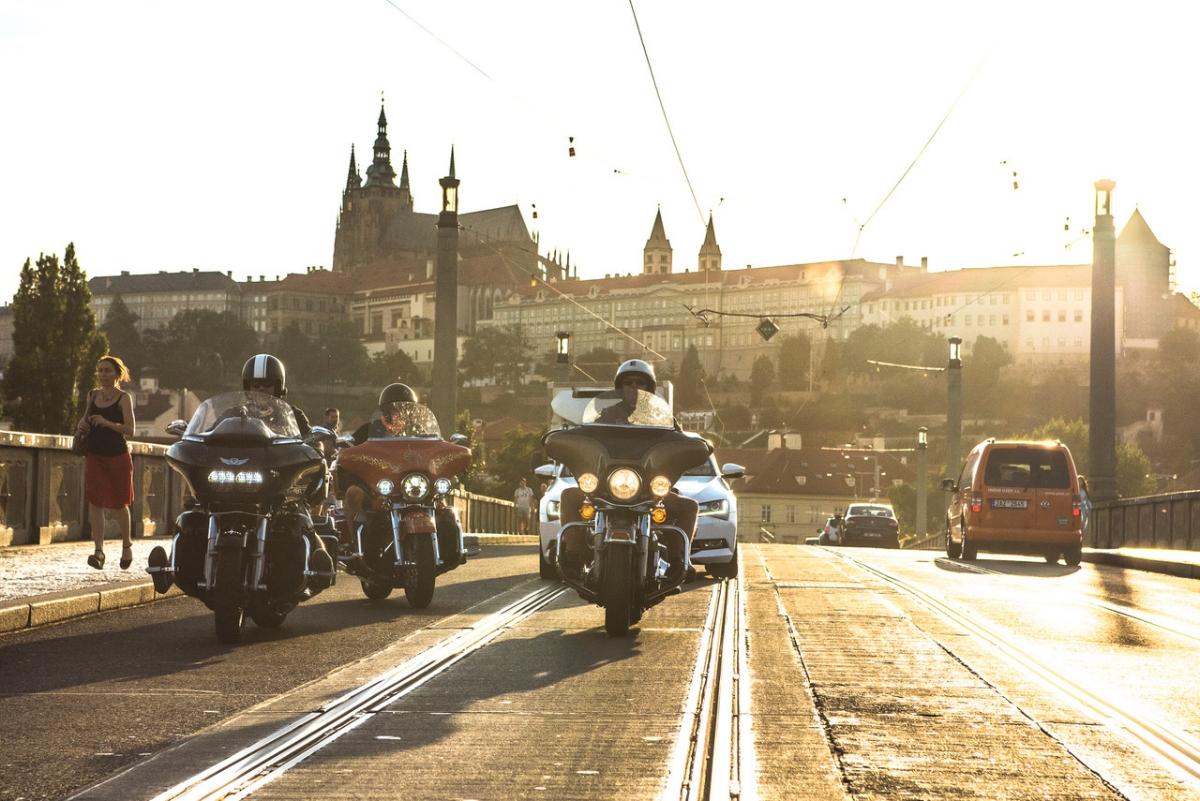 Manifesto-Market-Harley-Davidson-Riding-2.jpg