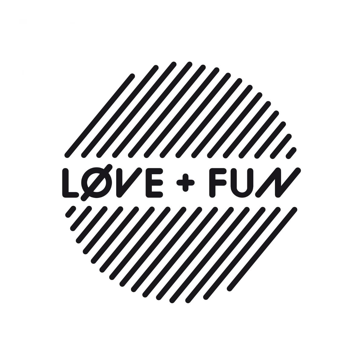 Manifesto-Market-love-fun-socks-2.jpg