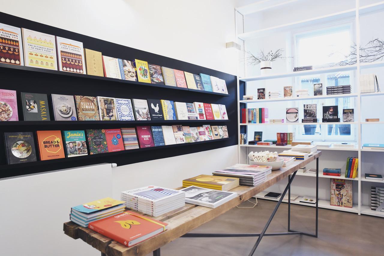 Manifesto-Market-Book-Therapy-1.jpg