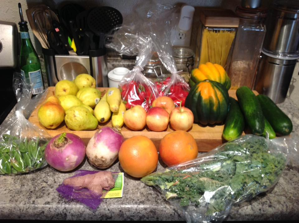 Hungry Harvest $35 Fruit and Veggie Box.