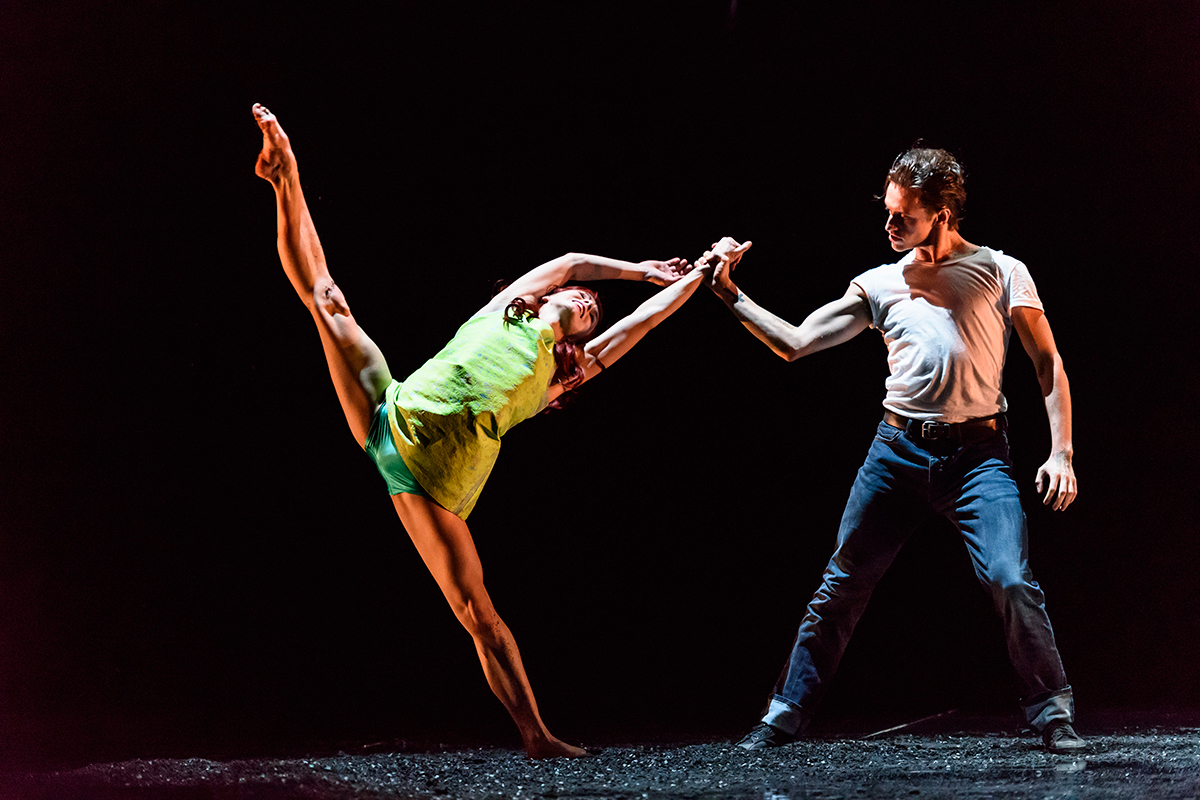 'Run-Mary-Run'-for-Osipova-@-Sadlers-Wells,-Natalia-Osipova-&-Sergei-Polunin-'Jimmy-tug'.jpg