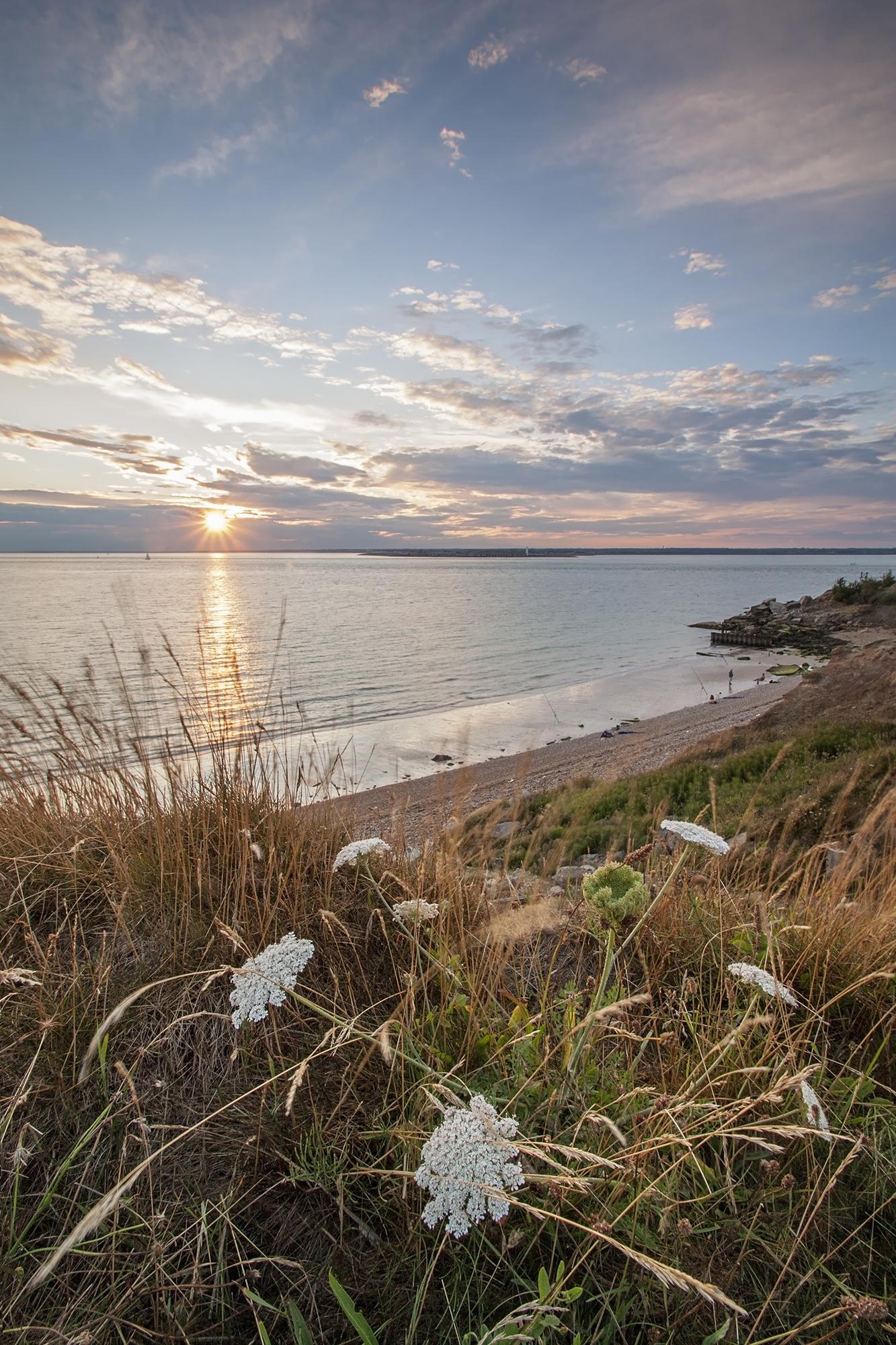 totland bay sunset.jpg