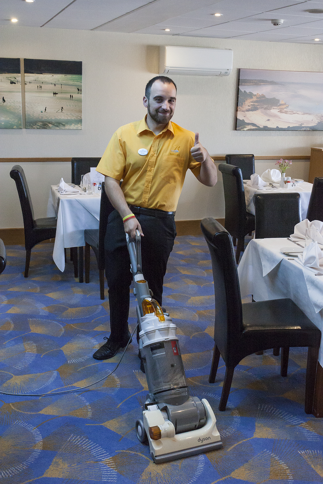 biarritz staff cleaning.jpg