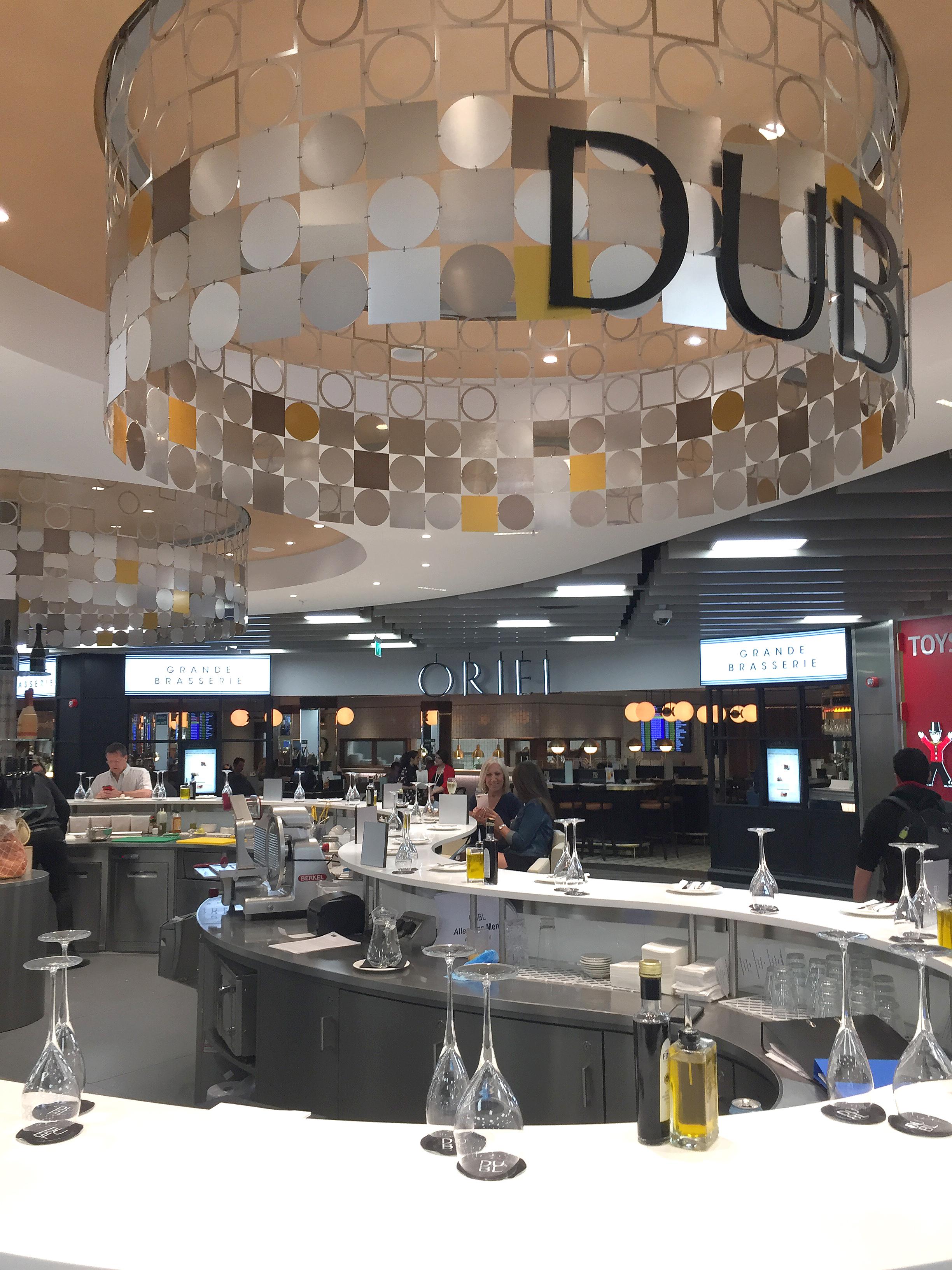 london luton airport_2.jpg