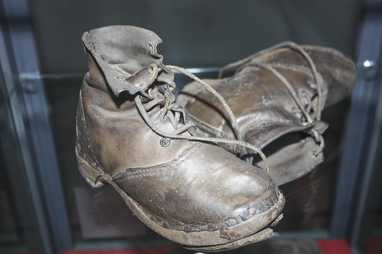 war boots.jpg
