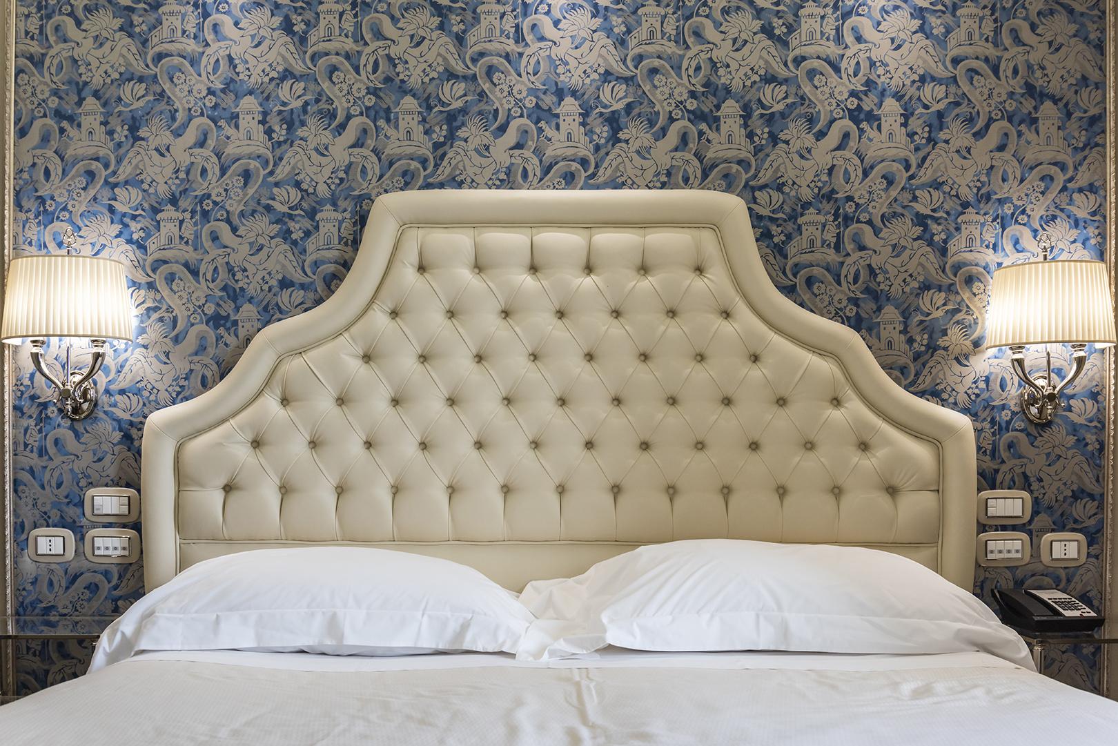 santa chiara hotel bedroom_2.jpg