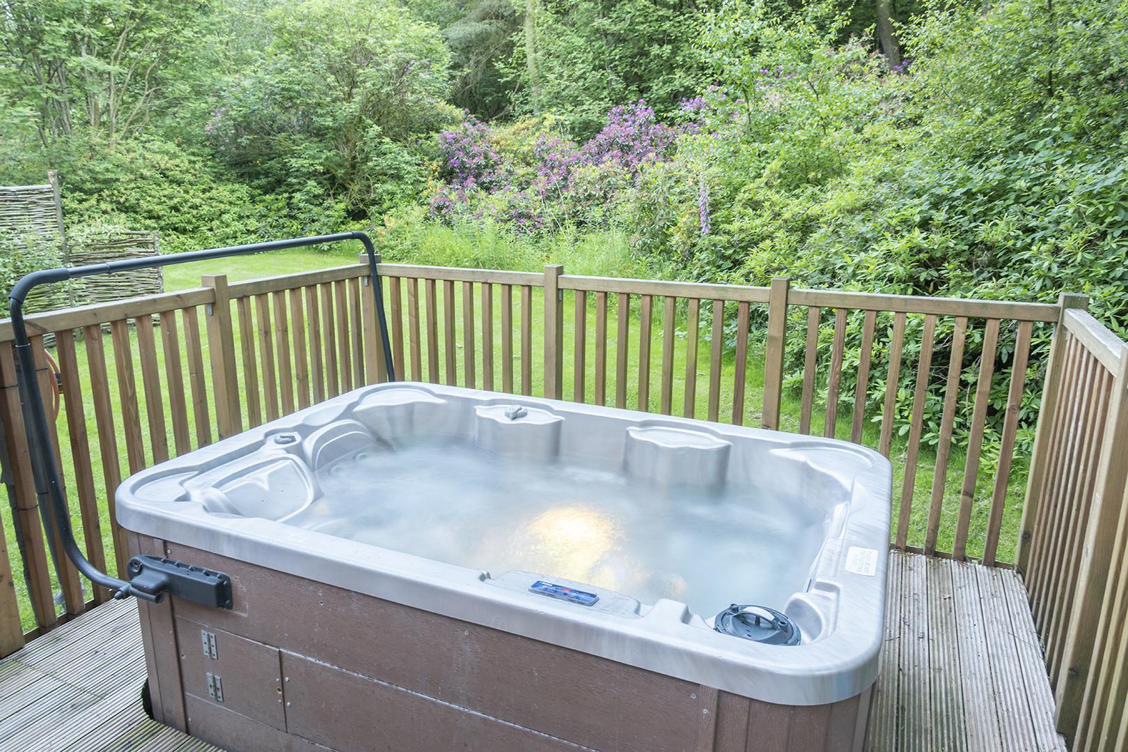 darwin forest hot tub.jpg