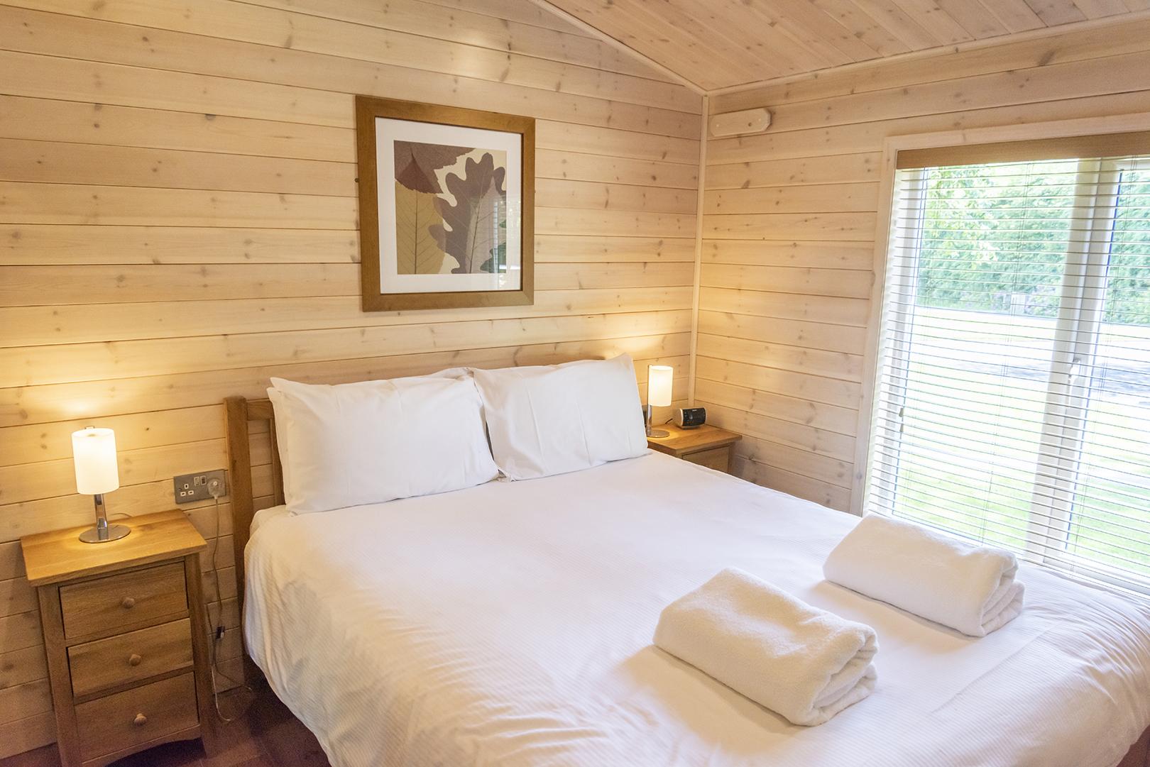 darwin forest bedroom_2.jpg