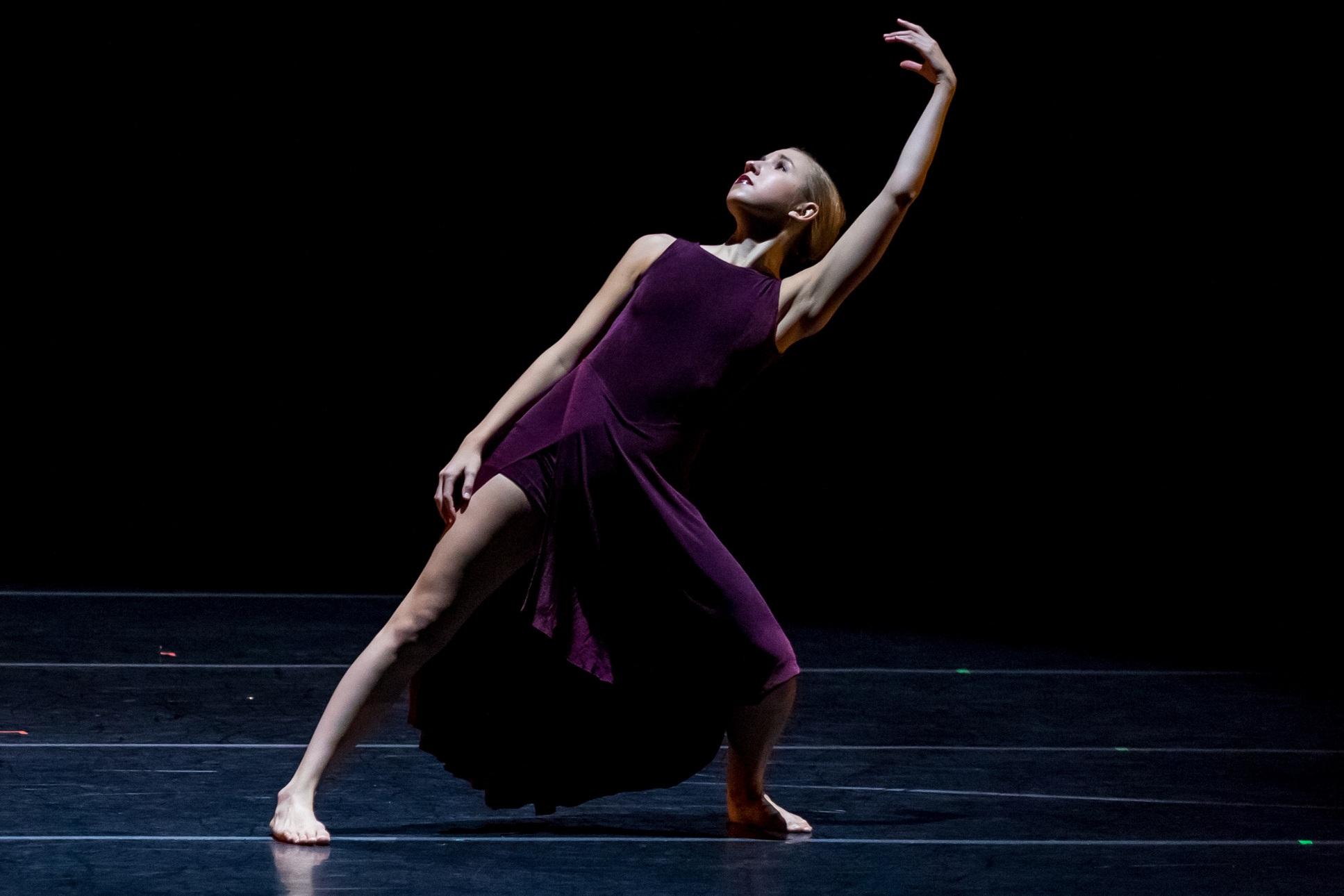 Kat+Barragan+Dance-0211-ZF-2123-47412-1-001-002.jpg