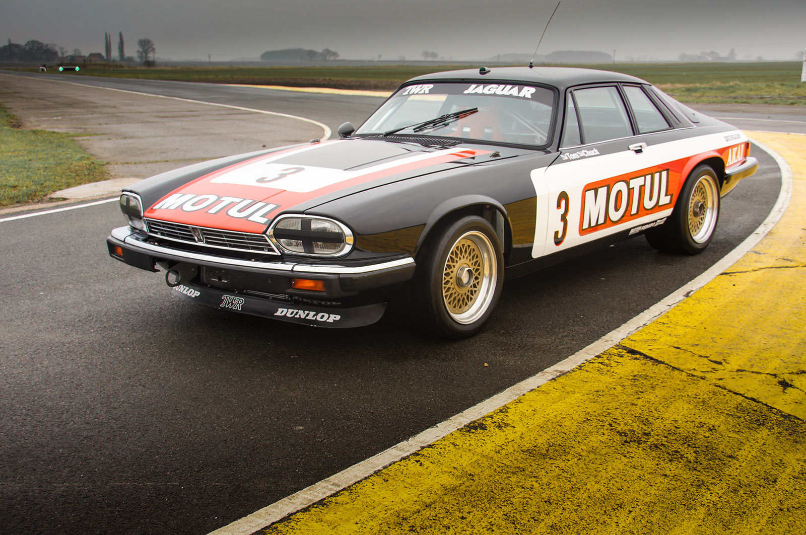 jaguar_twr_xjs_walkinshaw_wilkinson_sayer_selection_left_front_profile.jpg