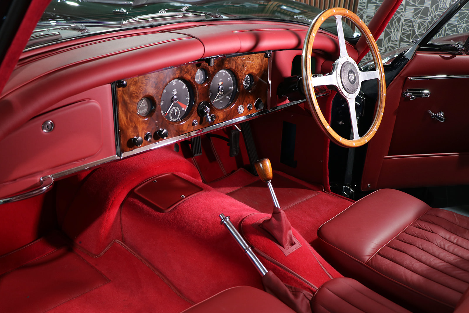 Jaguar_xk150_1959_sayer selection_wilkinson_blue_red_web_18.jpg