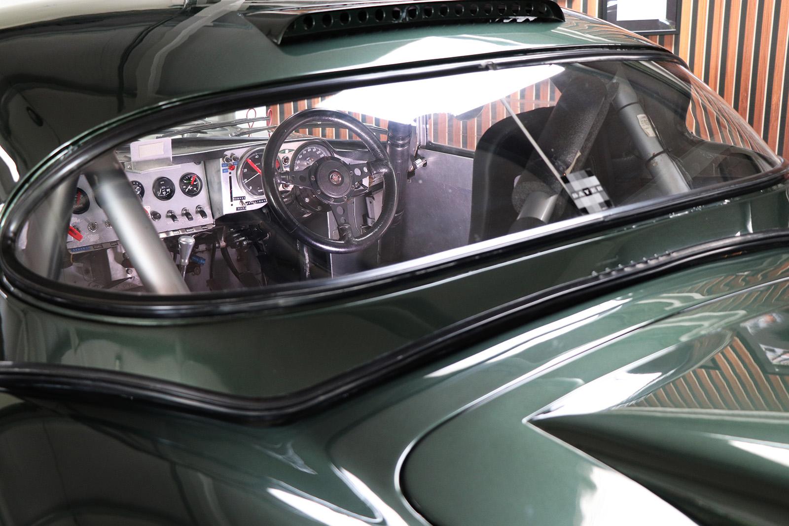 1963_Jaguar_E Type_M&C Wilkinson_works_racer_16_web .jpg