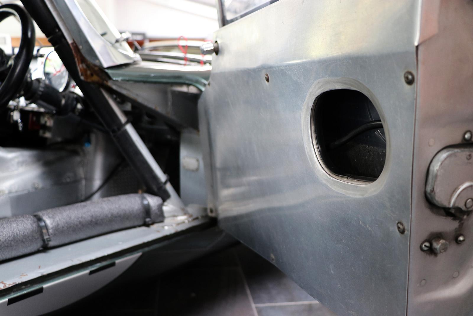 1963_Jaguar_E Type_M&C Wilkinson_works_racer_21_web .jpg