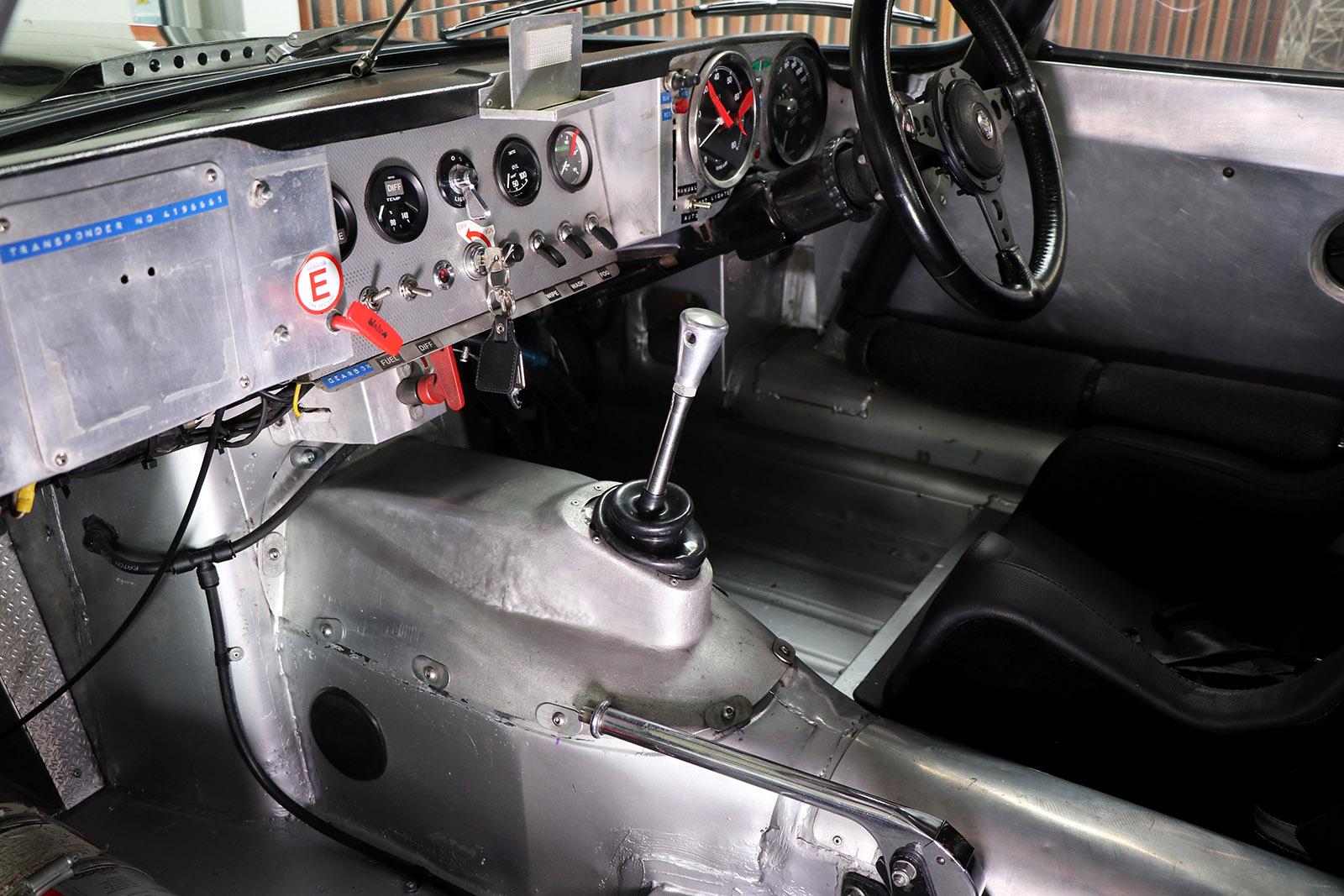 1963_Jaguar_E Type_M&C Wilkinson_works_racer_25_web .jpg