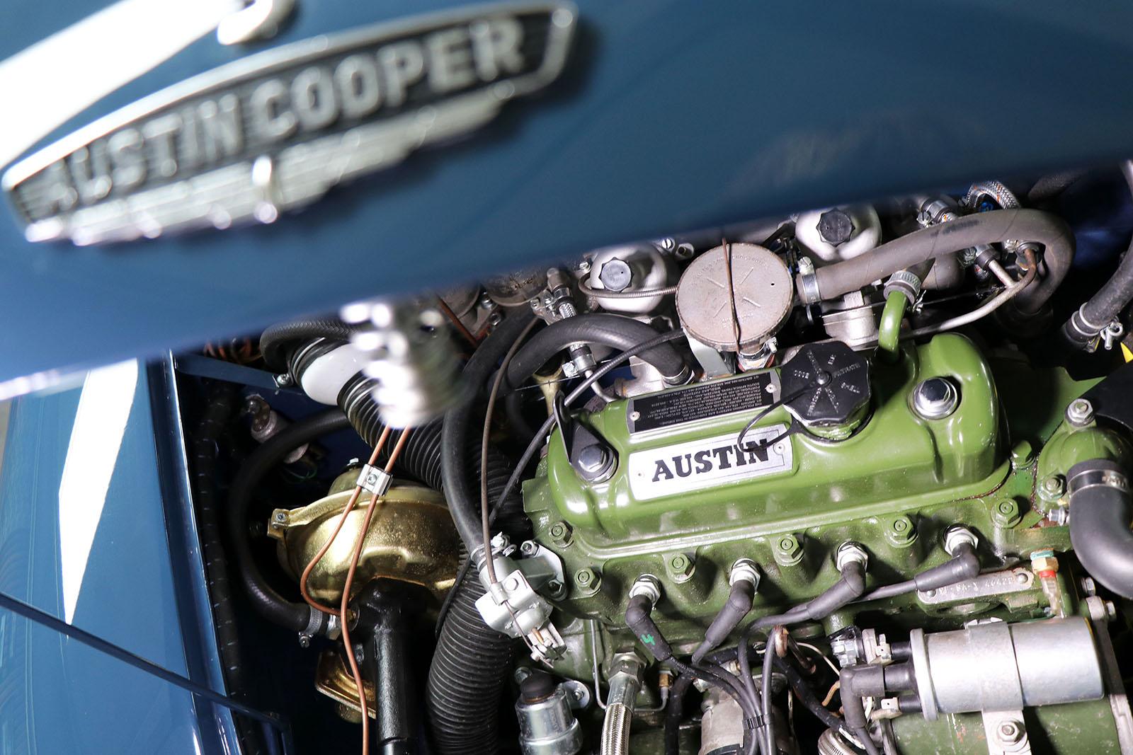 1967 blue Mini Cooper S engine web.jpg