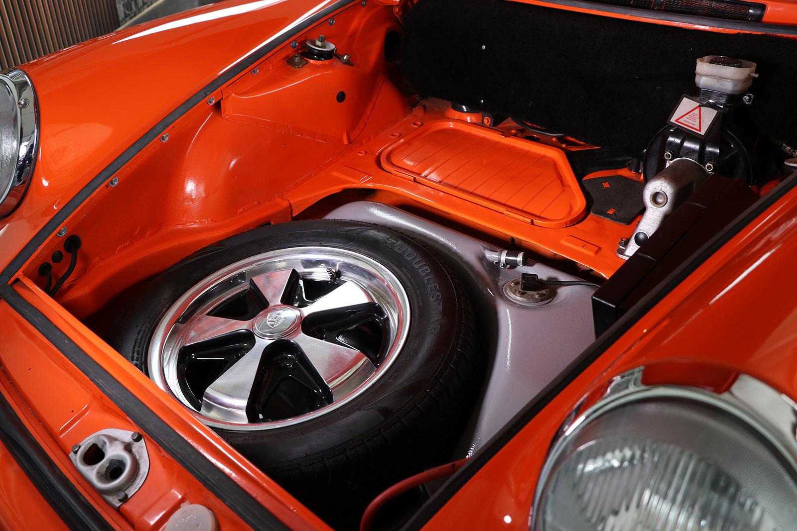 1972-Porsche 911 S-orange-evocation-sayer selection-10-web.jpg