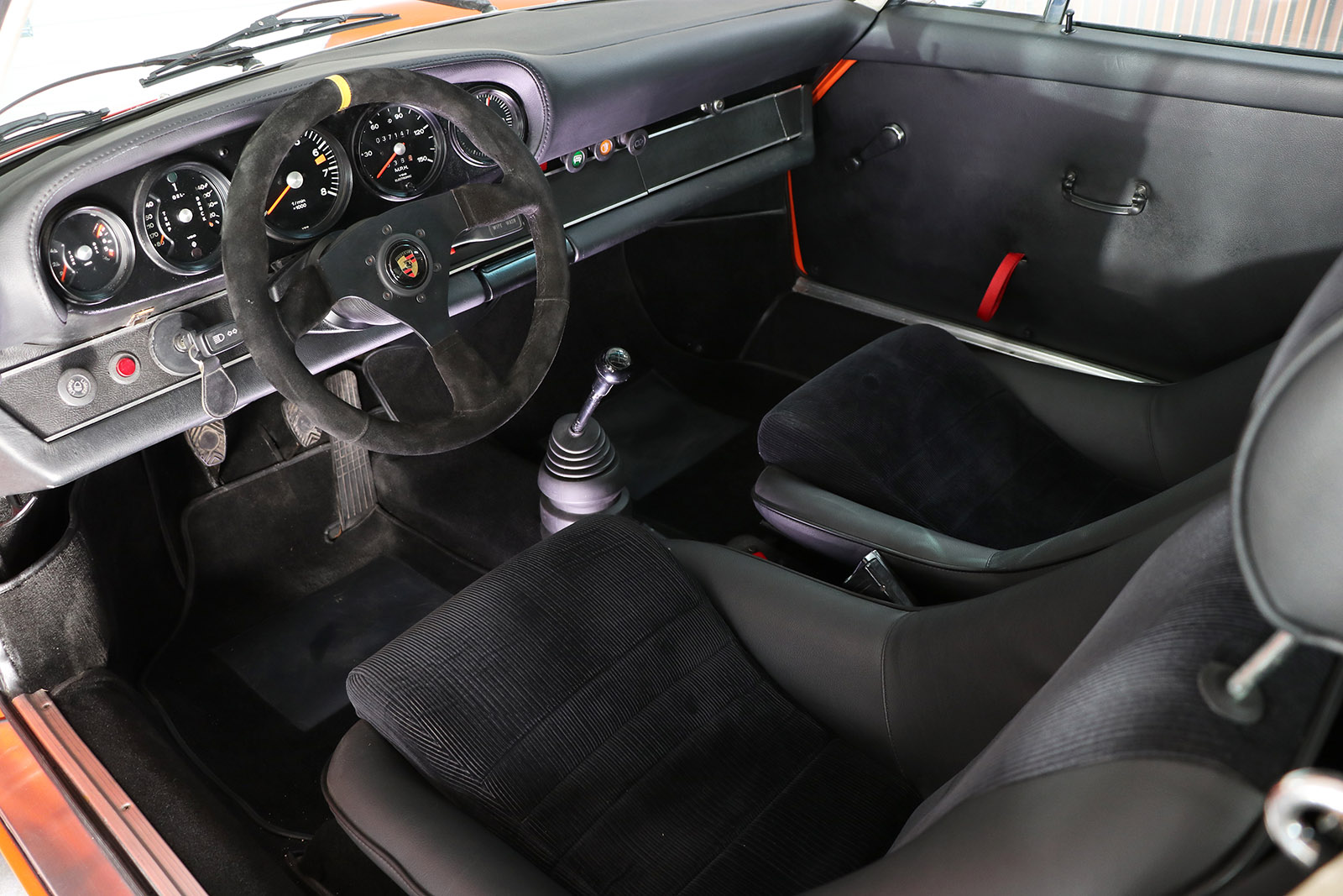 1972-Porsche 911 S-orange-evocation-sayer selection-17-web.jpg