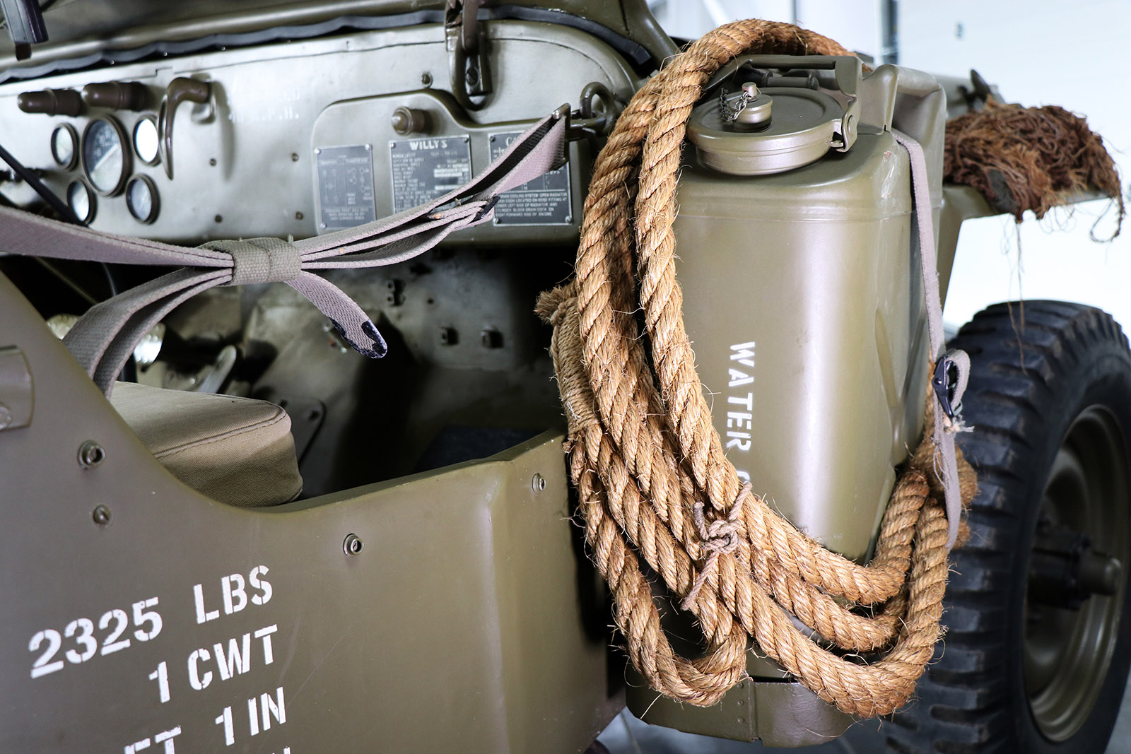 1945-willys-jeep-green-sayer selection-15-web.jpg