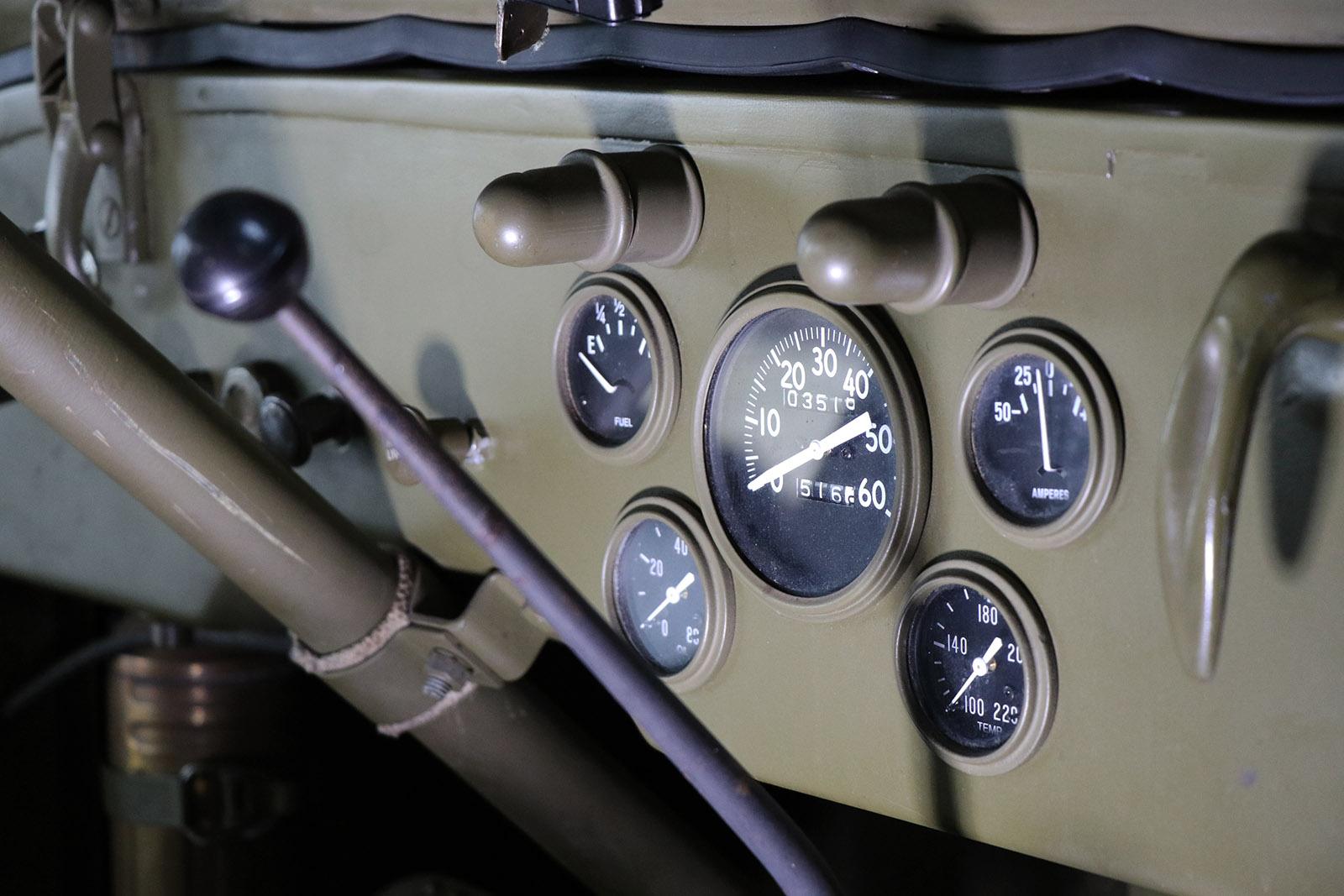 1945-willys-jeep-green-sayer selection-20-web.jpg