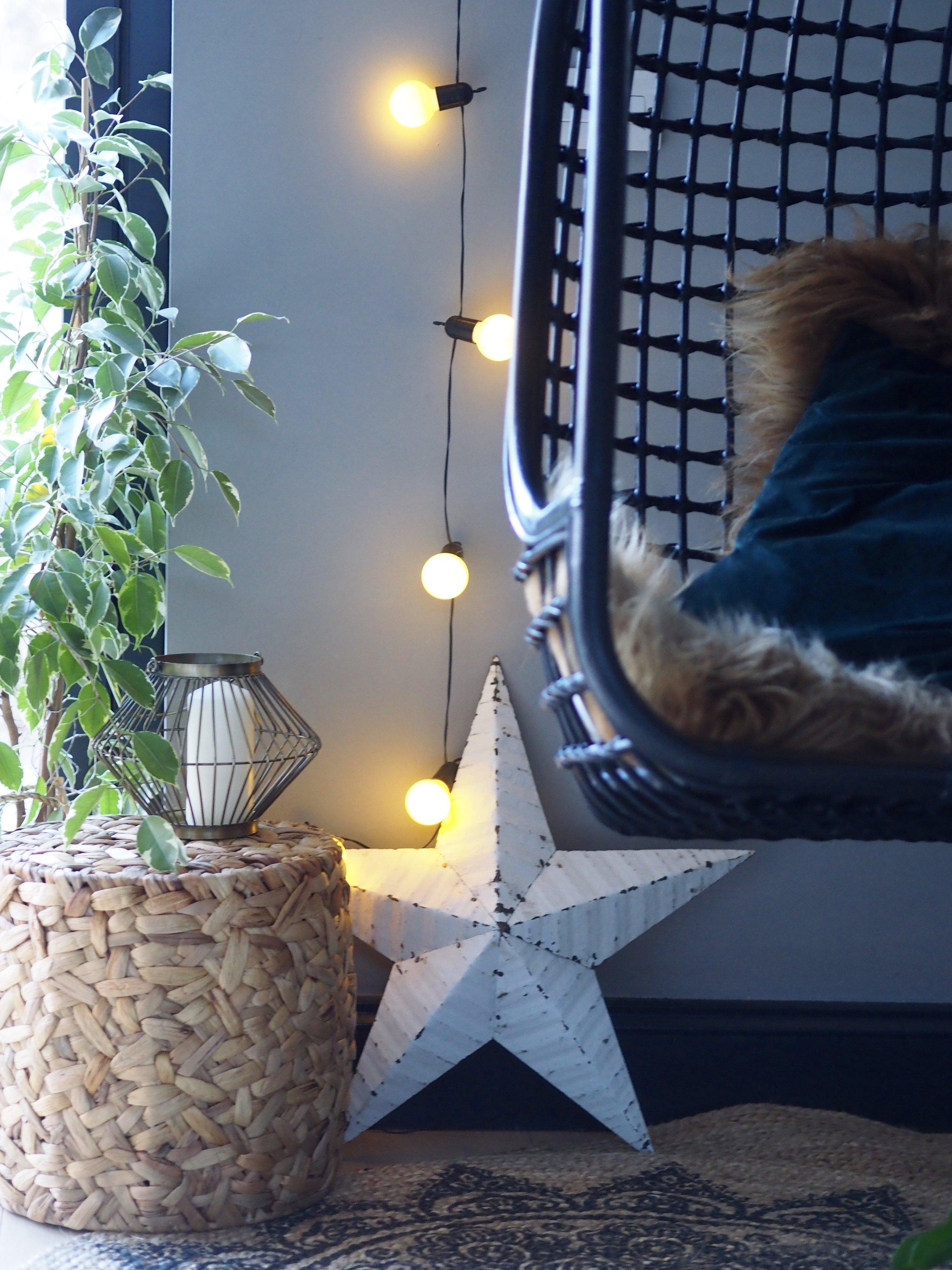 Plug in Festoon Lights 20 White LEDs, 4.75m £17.99     www.festive-lights.com