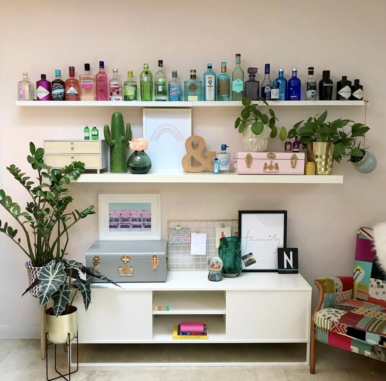 Vickie's Gin rainbow shelf is the stuff of dreams........ It just makes me smile looking at it..... I wish I could sit in that chair and sample each and every one ;)    @inpolife