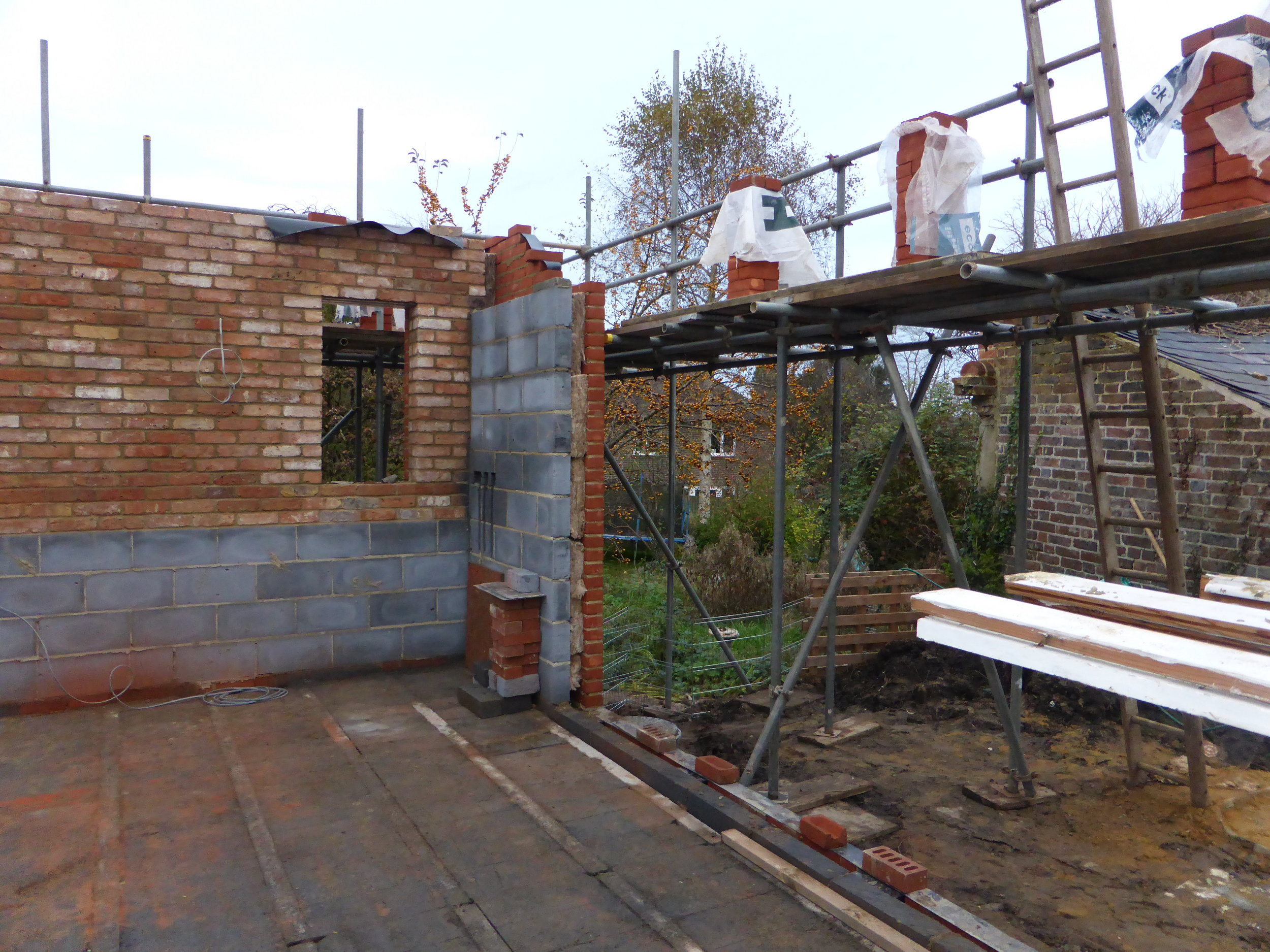 Internal brick wall up!