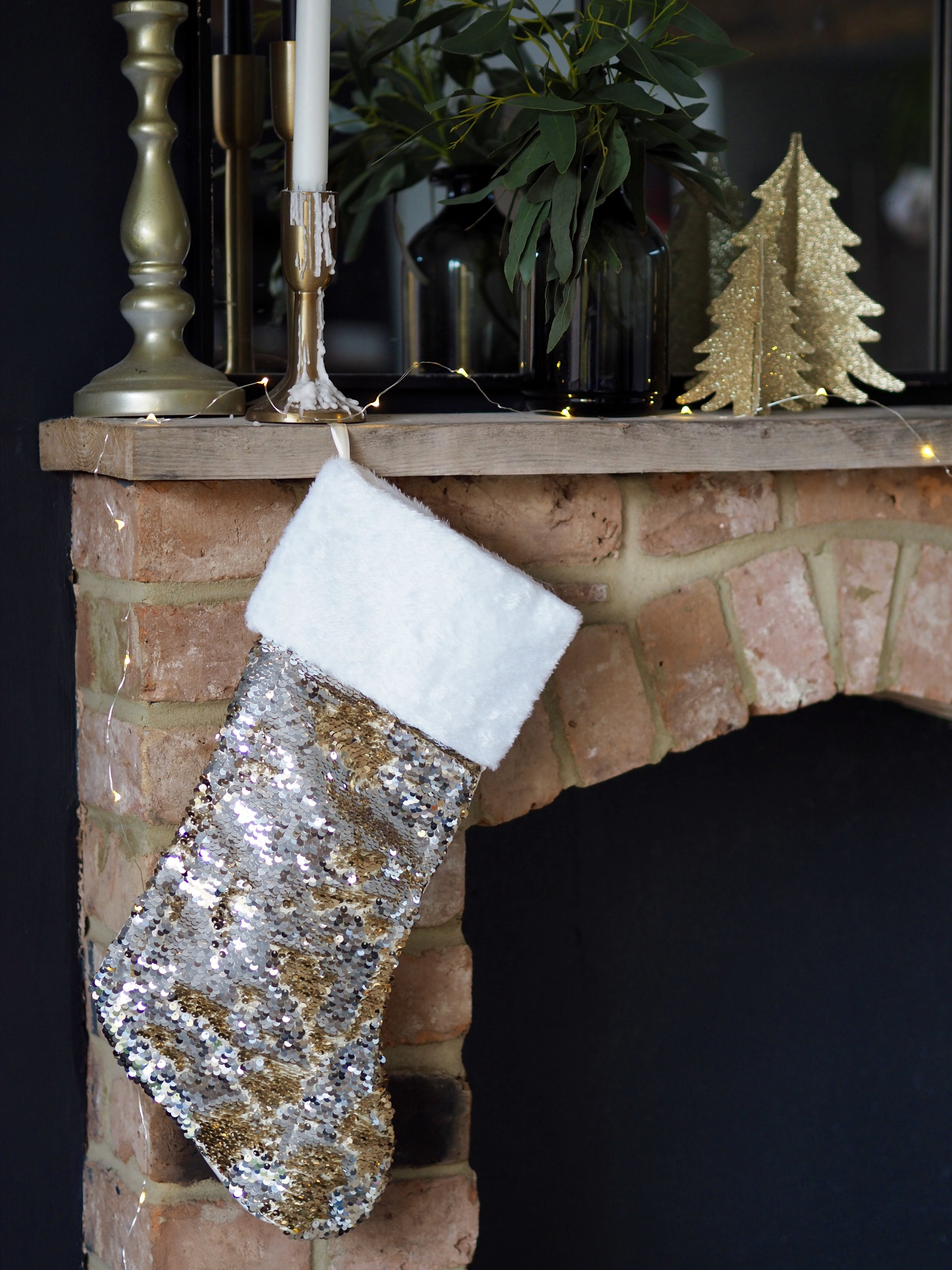 I love the combination of silver and bronze sequins on this christmas stocking….    Glitzy & Glamorous Sequin Stocking - Silver & Bronze