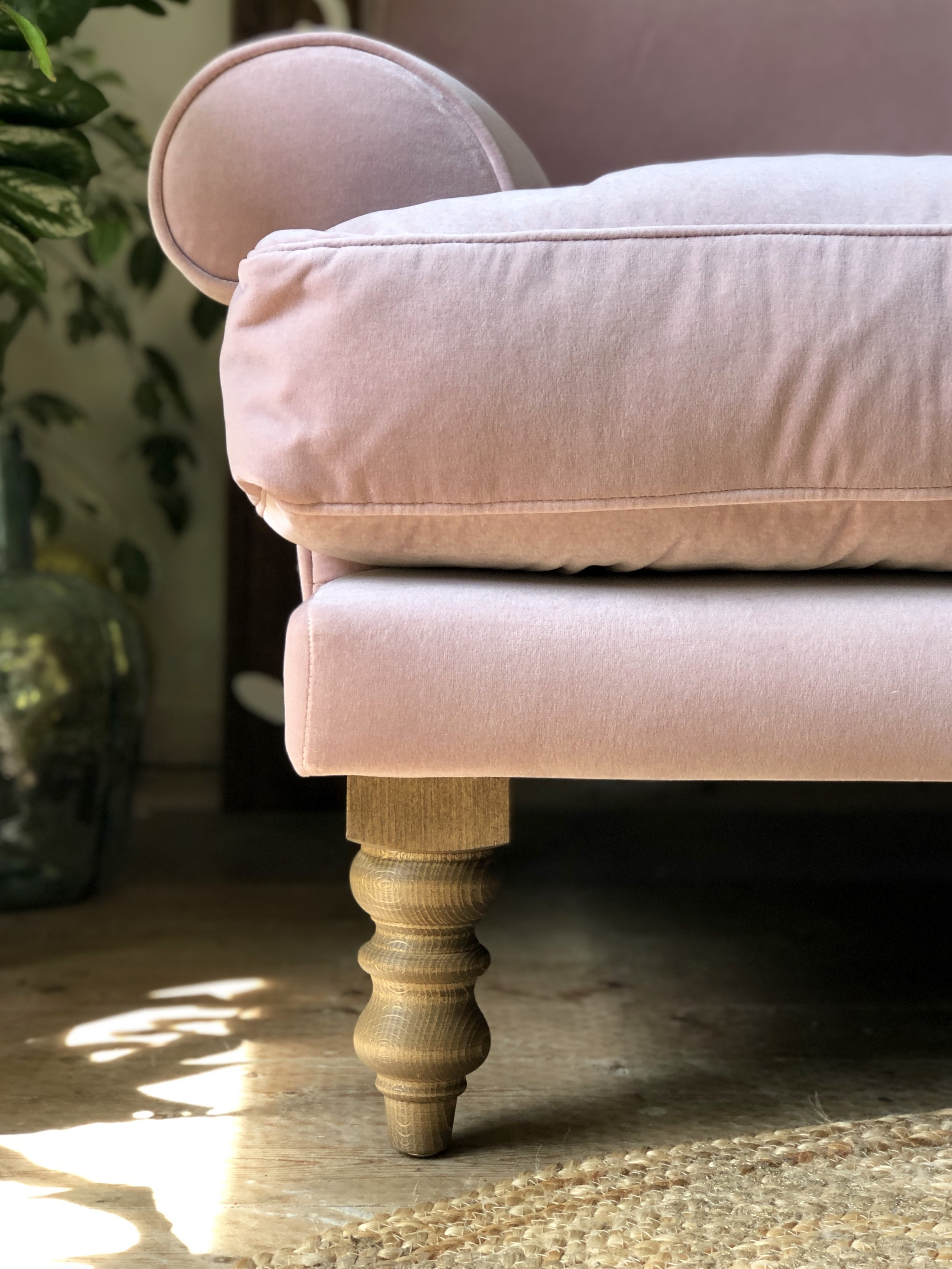 The 'English Oak' legs which work perfectly with the flooring we will be using in the renovation….