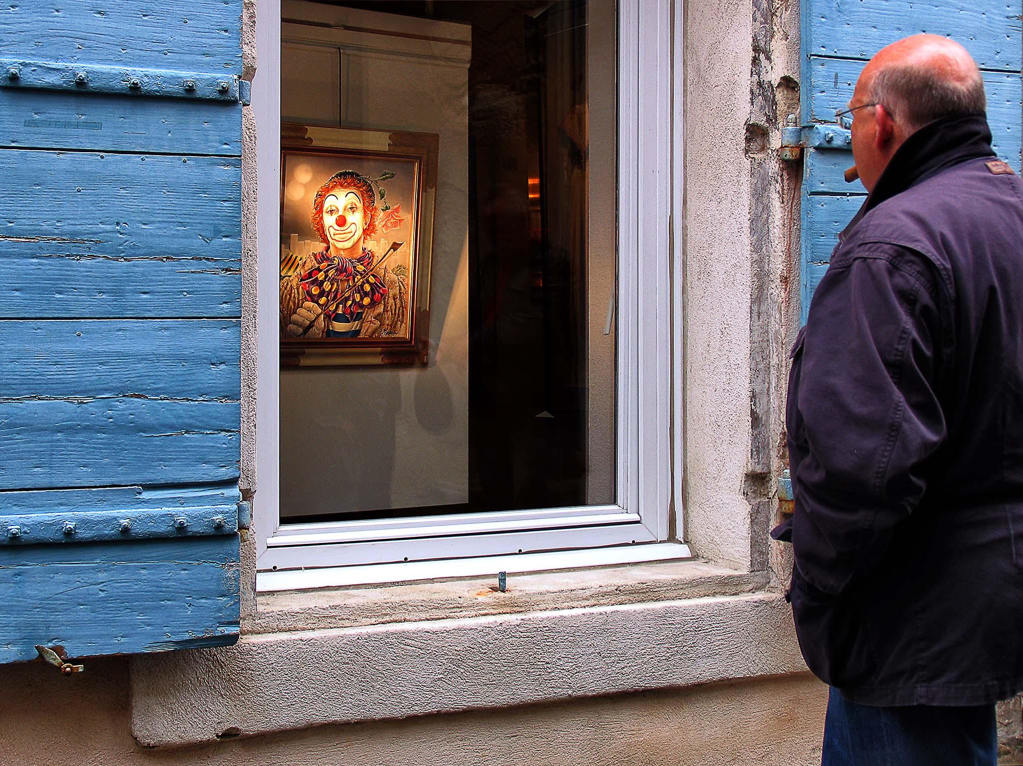 Admiring the art - Saint-Rémy-de-Provence, France